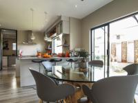 Dining Room - 10 square meters of property in Lombardy Estate