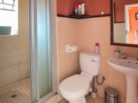 Bathroom 1 - 4 square meters of property in Karenpark