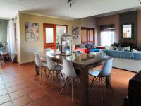 Dining Room - 48 square meters of property in Newlands