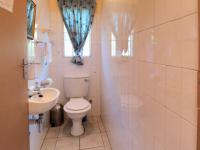 Guest Toilet - 24 square meters of property in Moreletapark