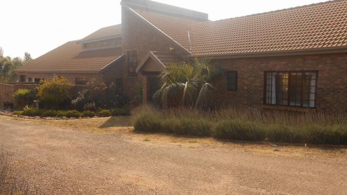 4 Bedroom House for Sale For Sale in Raslouw - Private Sale - MR162680