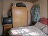 Bed Room 1 - 19 square meters of property in Ennerdale