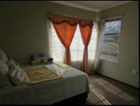 Main Bedroom - 16 square meters of property in Willowbrook