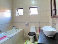 Bathroom 1 - 9 square meters of property in Olympus