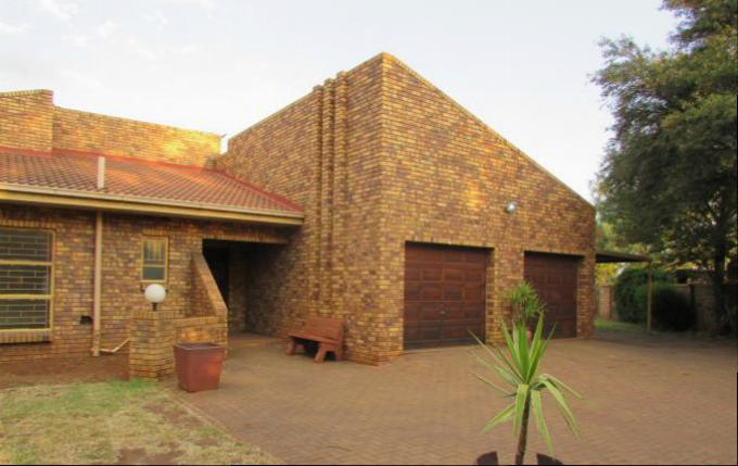 3 Bedroom House for Sale For Sale in Meyerton - Private Sale - MR163003