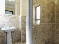 Bathroom 2 - 6 square meters of property in Faerie Glen