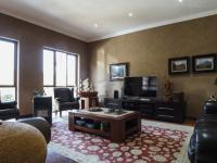 TV Room - 33 square meters of property in Faerie Glen