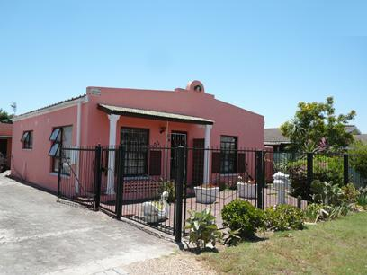 2 Bedroom House For Sale in Kraaifontein - Private Sale - MR16303