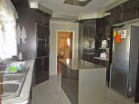 Kitchen - 17 square meters of property in Arcon Park