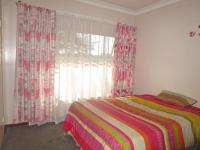 Bed Room 2 - 13 square meters of property in Arcon Park