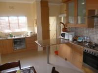 Kitchen - 18 square meters of property in Bellville