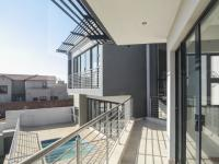 Balcony of property in Heron Hill Estate