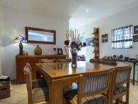 Dining Room of property in The Wilds Estate
