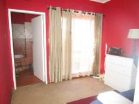 Bed Room 2 - 16 square meters of property in Florida Glen