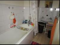 Bathroom 1 - 4 square meters of property in Germiston South