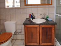 Bathroom 2 - 4 square meters of property in Montana Tuine