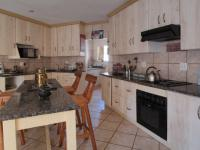 Kitchen - 10 square meters of property in Montana Tuine