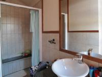 Bathroom 1 - 3 square meters of property in Montana Tuine