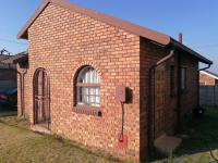 2 Bedroom 1 Bathroom House for Sale for sale in Ermelo