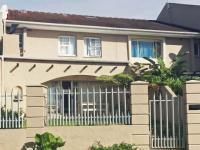 3 Bedroom 2 Bathroom Duplex for Sale for sale in Beacon Bay