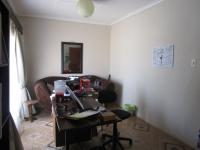 Study - 20 square meters of property in Vereeniging