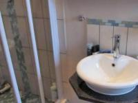 Main Bathroom - 3 square meters of property in Waterval East