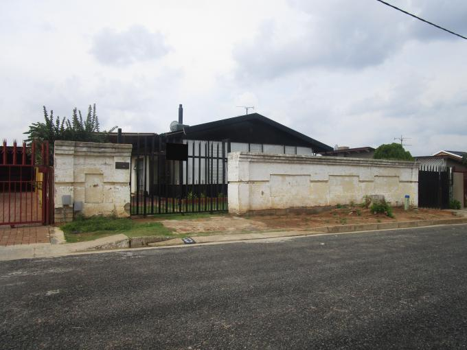 Standard Bank EasySell 3 Bedroom House for Sale For Sale in Crown Gardens - MR164090