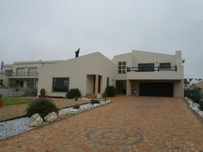 4 Bedroom House for Sale For Sale in Yzerfontein - Private Sale - MR16413