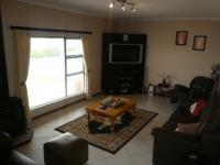 Lounges - 63 square meters of property in Yzerfontein