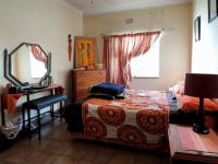 Bed Room 1 - 15 square meters of property in Rustenburg