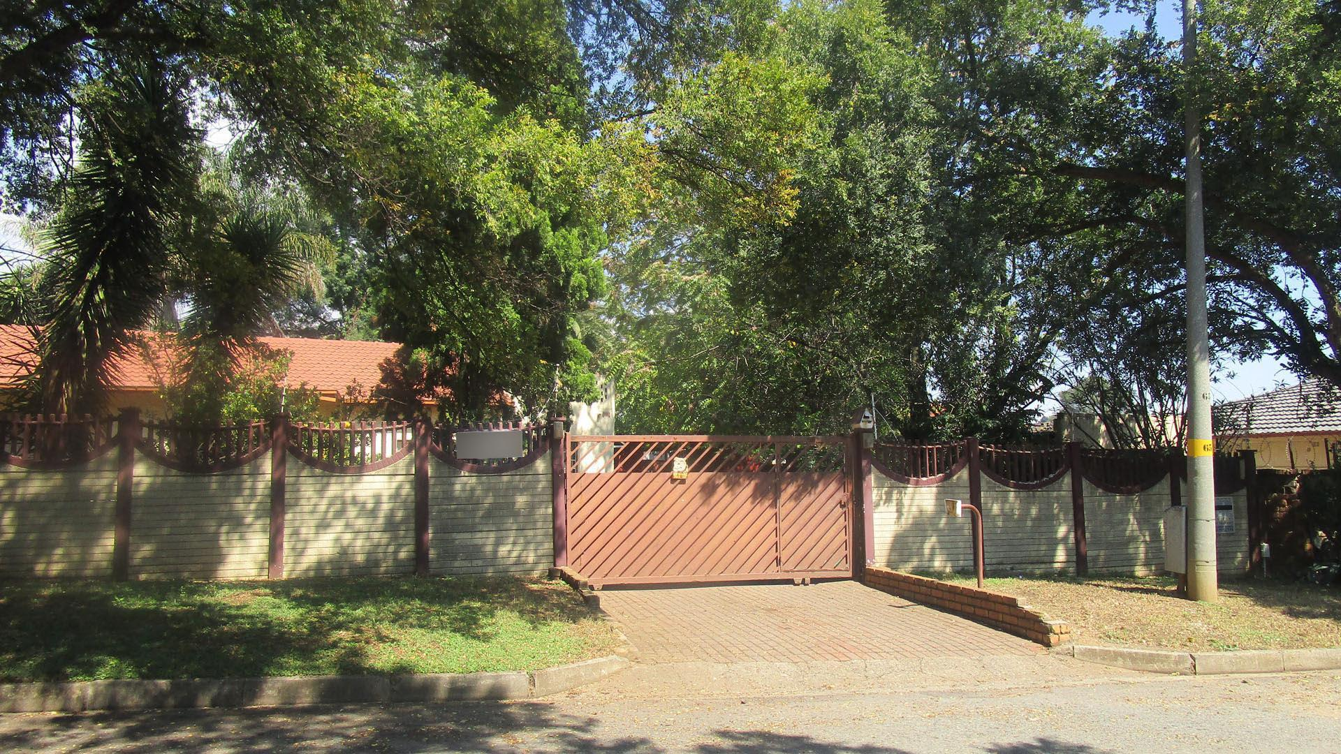 Front View of property in Edenvale
