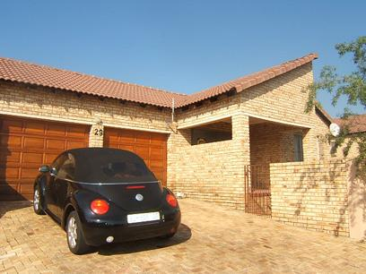 Standard Bank Repossessed 4 Bedroom House For Sale in Honeydew - MR16443