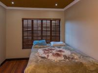Bed Room 1 - 16 square meters of property in Willowbrook