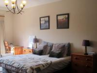 Main Bedroom - 96 square meters of property in Linbro Park A.H.