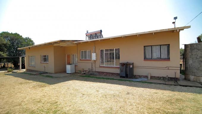 Standard Bank EasySell 4 Bedroom House for Sale For Sale in Pretoria Central - MR164549