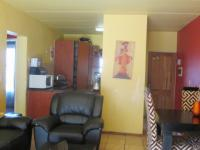 Lounges - 21 square meters of property in Dalpark