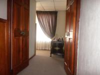 Spaces - 34 square meters of property in Oakdene