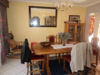 Dining Room - 17 square meters of property in Oakdene