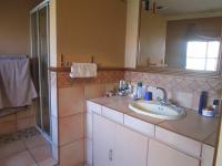 Main Bathroom - 11 square meters of property in Oakdene