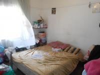 Bed Room 1 - 15 square meters of property in Roodepoort