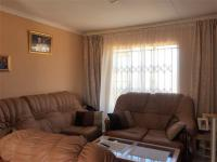 Lounges - 14 square meters of property in Kagiso