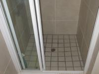 Main Bathroom - 3 square meters of property in Sunningdale - CPT