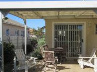 Patio - 19 square meters of property in Sunningdale - CPT