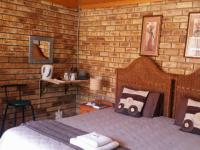 Bed Room 2 of property in Klerksdorp