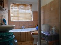 Bathroom 1 - 7 square meters of property in Newlands - JHB