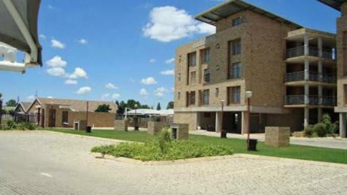 1 Bedroom Apartment for Sale For Sale in Potchefstroom - Private Sale - MR164943