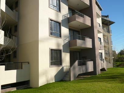 2 Bedroom Apartment for Sale For Sale in Somerset West - Home Sell - MR16496
