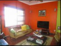 Lounges - 17 square meters of property in Malvern - JHB