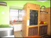 Kitchen - 16 square meters of property in Malvern - JHB