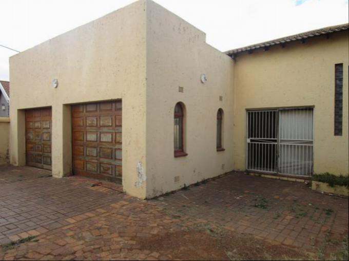 3 Bedroom House for Sale For Sale in Lenasia - Private Sale - MR165094